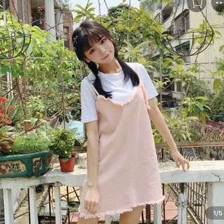 🚚 粉色吊帶裙