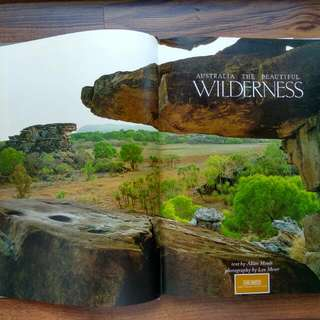$9beautifulwild australia wilderness guide book large hard cover coffee table book hundreds of photographs flora fauna plants flowers animals birds with detailed write up &  features all 7 states slight yellowing of pages
