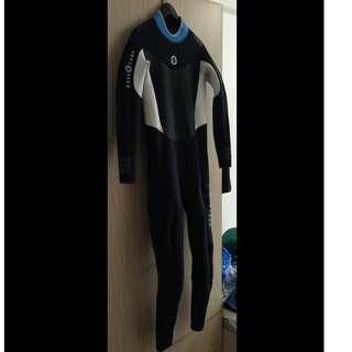 Aqualung Men's 3mm Full wetsuit MEDIUM-LARGE