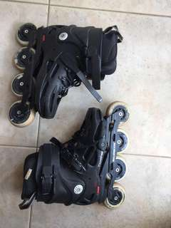 Authentic rollerblade twister