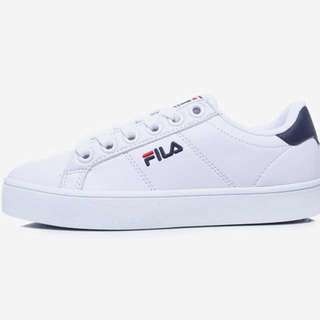 Brand New Fila Court Deluxe US9 Shoes