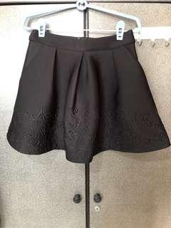 MDS Black embossed skirt