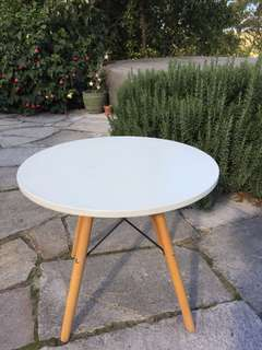 Small, round, white table