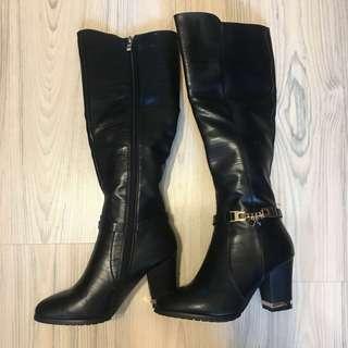 🚚 專櫃品牌女神及膝長靴👢