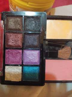 Shawill eyeshadow and blusher