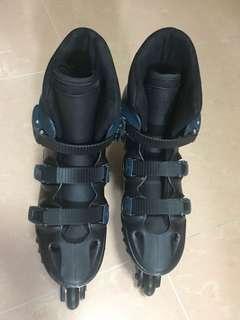 GOMA 滾軸溜冰鞋