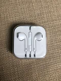 Apple EarPods 3.5mm jack brand new