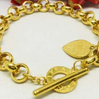 Tiffany & Co Gold 916*Postage only