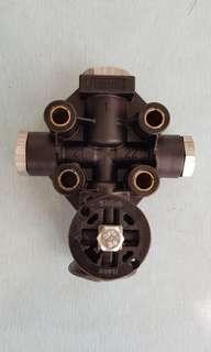 Golden Dragon 6957  Air Pump valve