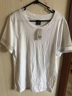 BNWT bonds white oversized tshirt