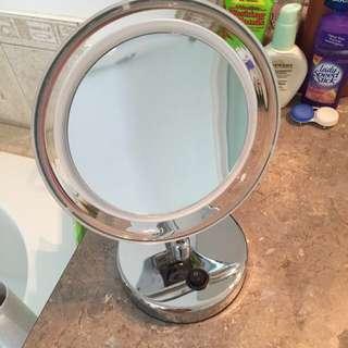 10X LED Vanity Mirror (Light no longer works)