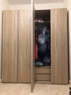 Coleman 兩組衣櫃