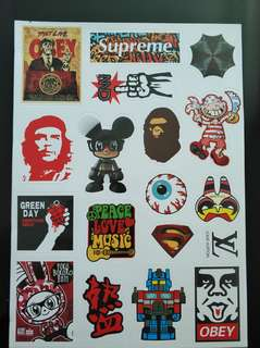 Stickerbomb for luggage