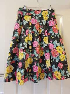 Review Skirt Size 12