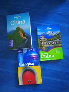 Lonely Planet Travel Guides: China & Shanghai