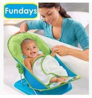 Infant Mothers touch Deluxe baby bather