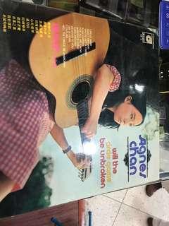 陳美齡黑膠唱片,單價:60元,2個共售: