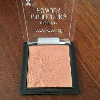 Wet'n'Wild Megaglow Highlighter in «Crown of my Canopy »