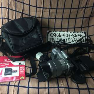 Sony nex5 with 18 55mm lens bag and accesories