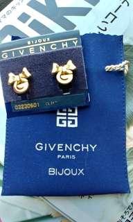 Givenchy earrings 耳夾耳環 蝴蝶結款 100%real 全新