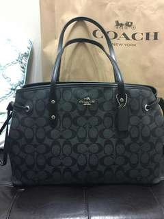 💥💥💥💥Available! 7995 only💥💥💥💥 Coach Drawstring Carry all Bag Brand new and Authentic  Accepts lay away for 1 month Deposit 20%