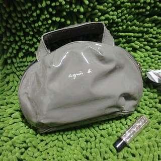 🚚 全新Agnes b. 灰色亮面漆皮小手提包