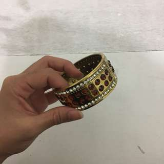 Gelang / Bracelet