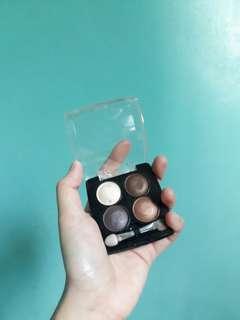DAISO Pearl In Eyeshadow