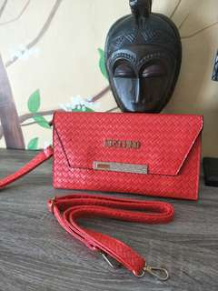 Re price Tas Moscino red