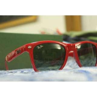 rayban red frame