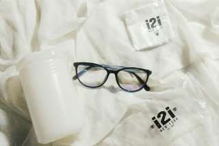 i2i Eyeglasses