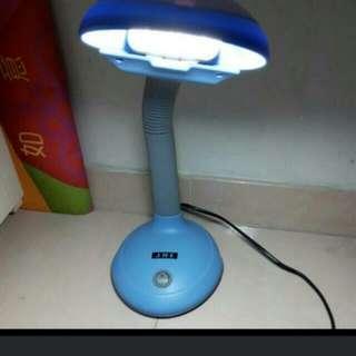 Table lamp 枱燈