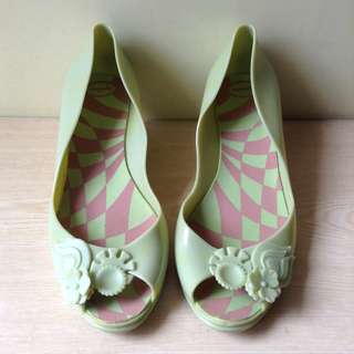 Quince green wedge jelly shoes