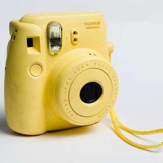 Fuji Instax Mini 8 Polaroid Camera (broken)