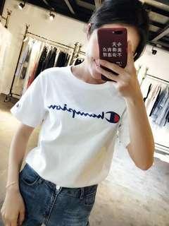 Champion 女裝T恤😍