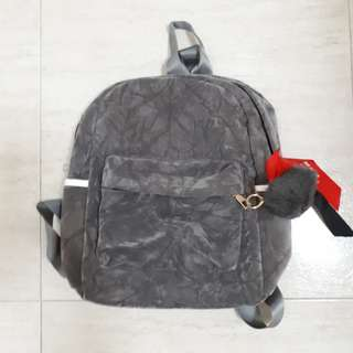 Selling BN simple lady Grey small backpack