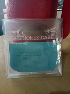 Earphones case