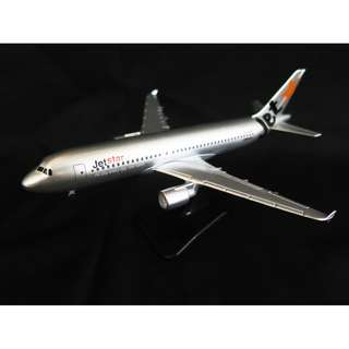 Jetstar A320 with landing gear / Model Aeroplane / Airplane / Diecast model
