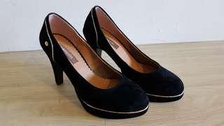 Americaya High Heel - Black