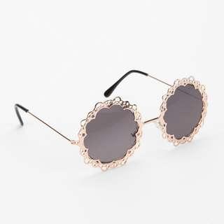 Gold Lace Sunglass