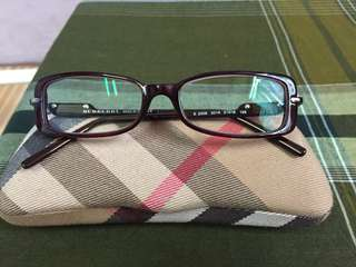 Burberry eyeglass