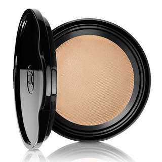 Chanel LES BEIGES Healthy Glow Gel Touch Foundation SPF 25 PA +++