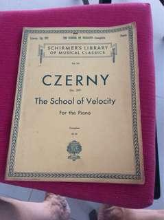 Piano book Czerny The school of velocity