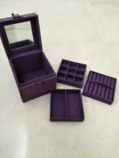 Jewellery Box (earrings, rings, necklaces)