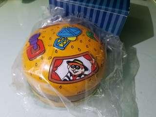 1999年麥當勞朱古力鐵盒(空盒無朱古力)老香港懷舊物品