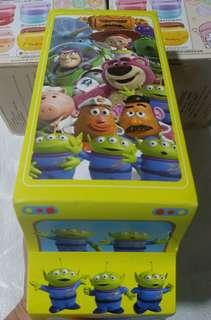 Toy Story軟糖 車仔造型(內有2個罐仔及匙扣(星期一至五)9:30-5:30 在屯門華都花園商場交1一收