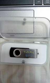 Pokemon USB (4GB)