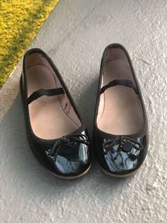 Girls Shoes size 26