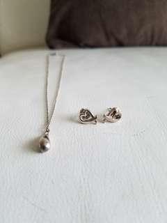 tiffany & co teardrop necklace earrings