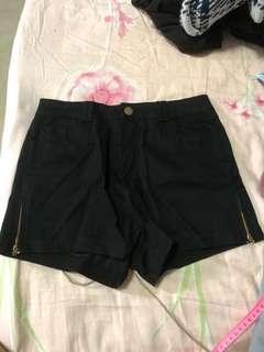 [3 FOR $10] black zipper shorts